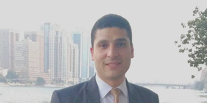 الكاتب أحمد شوقي
